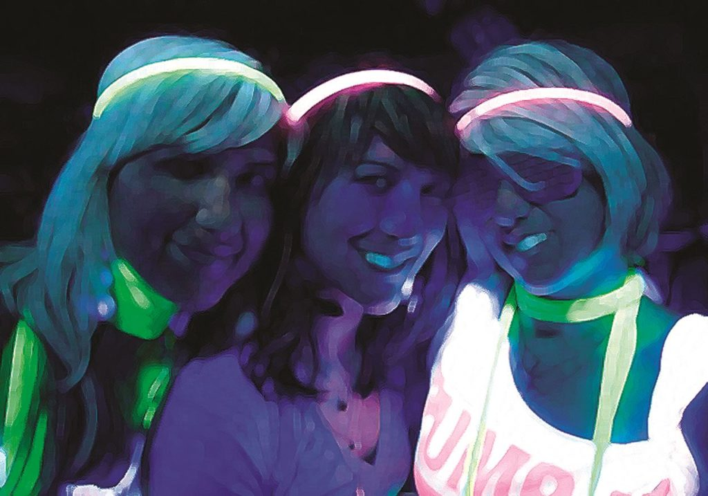 Teen Night Light Egg Hunt @ Kent Hintergardt Memorial Park | Temecula | California | United States